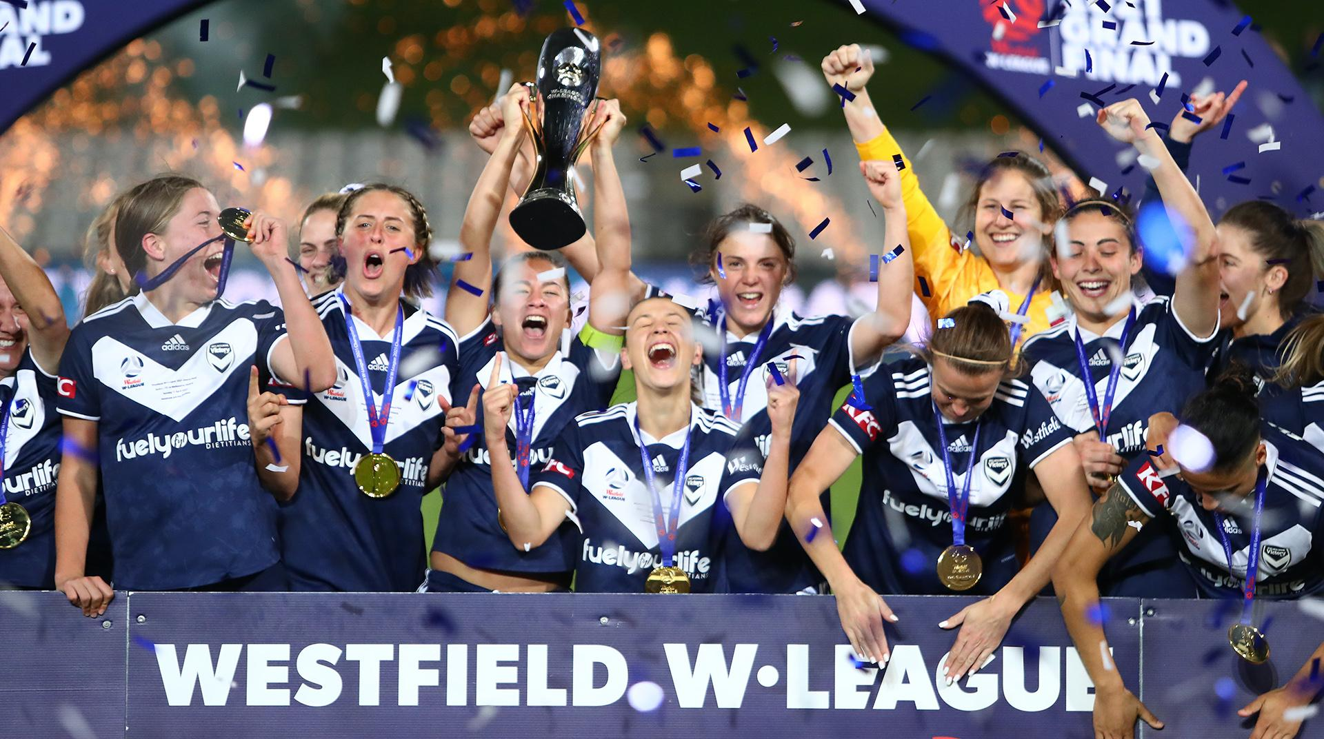 Melbourne Victory lifting the Westfield W-League trophy