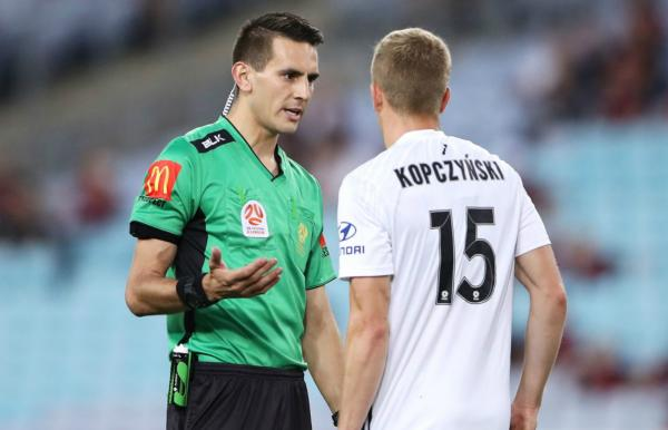 FFA congratulates 27 Australians on FIFA Panel of International Referees