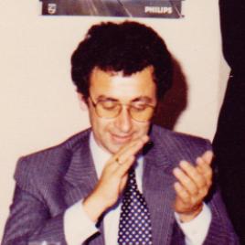 Sam Papasavas OAM